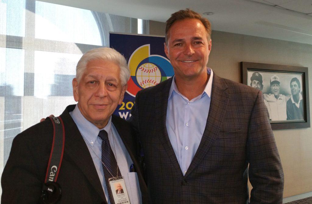 """Interjú után, A képen együtt Alois """"Al"""" Terry Leiter amerikai baseball játékossal."""